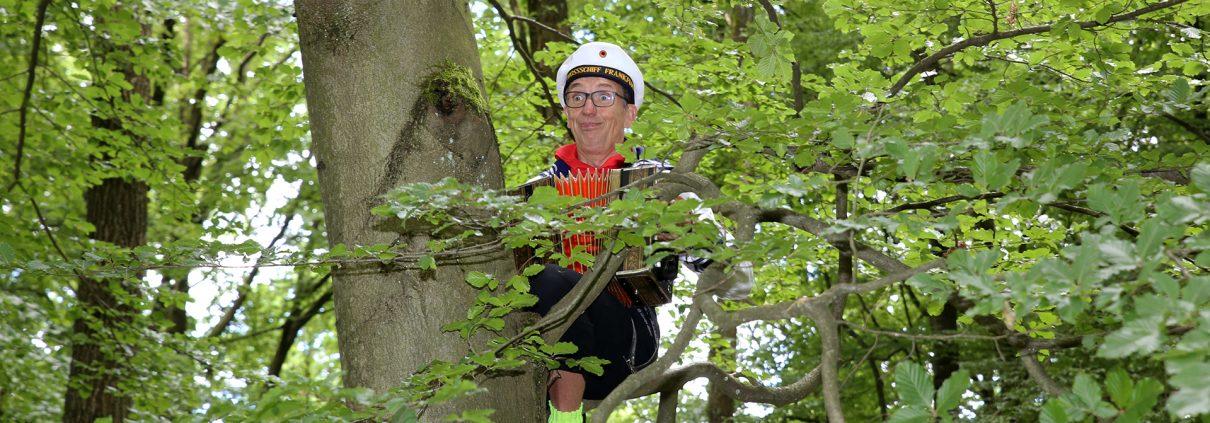 Ein Matrose im Baum - Ralf Ringsdorf